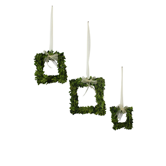 Wreath - Square boxwood with ribbon